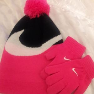 🎀Nike hat and gloves